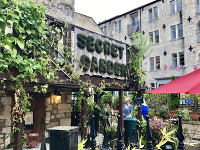 Secret Garden Coffee Shop